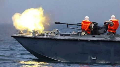 israeli-navy-fire-pal-fishermen