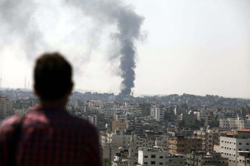 operation-protective-edge-smoke-rises-from-gaza-city-1