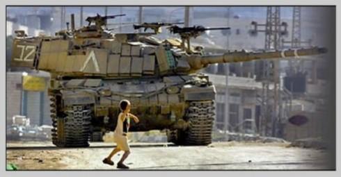 Palestinian_boy_Israeli_tank-600x313